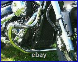 NEW SUZUKI VL800 VOLUSIA / C50 BOULEVARD HIGHWAY ENGINE CRASH BAR GUARD with PEGS