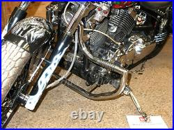 Yamaha Vstar XVS 650 Custom / Classic & Silverado Crash Bar Engine Guard with Pegs